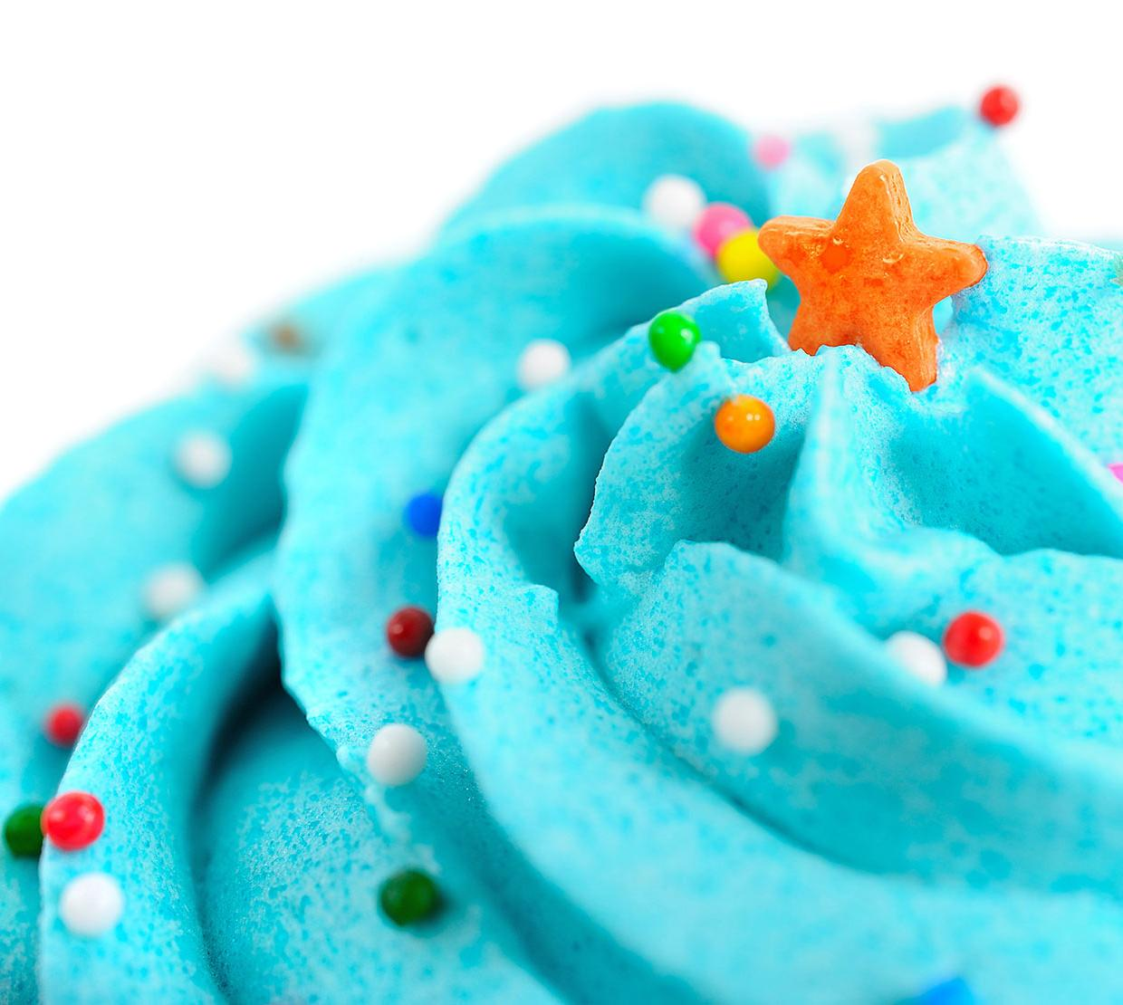 close up picture of cupcake