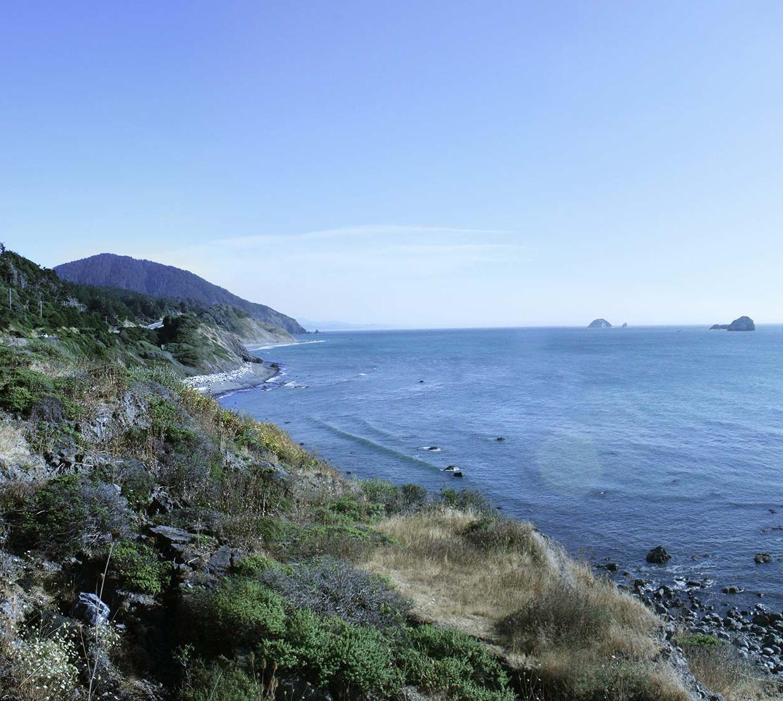 Mountain range along Oregon Coast