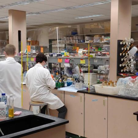 Biochemistry and biophysics research labs persist during a pandemic at Oregon State.