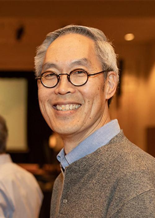 Victor Hsu in Lobby