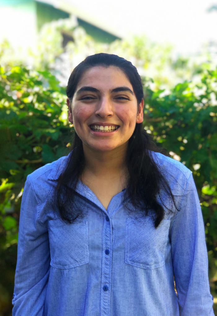Maria Robelo, a biohealth sciences major, is a peer mentor at Beaver Connect.