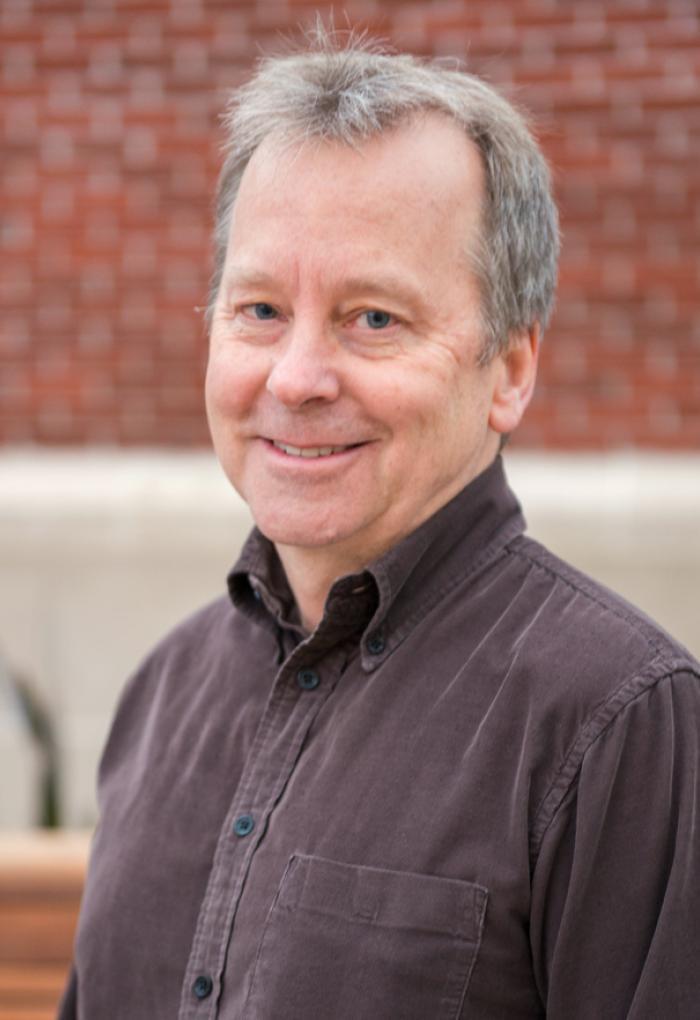 Doug Keszler headshot on campus