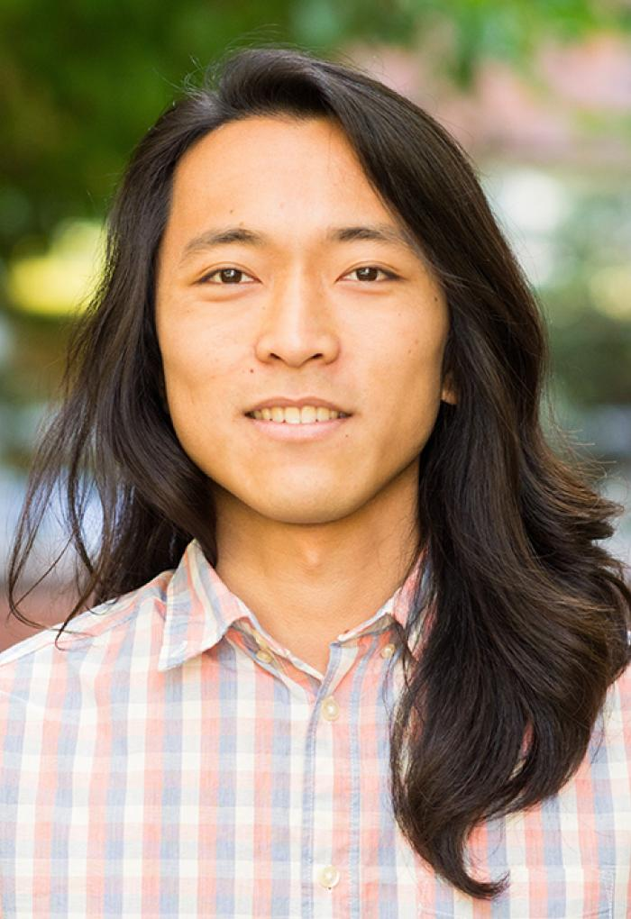 Shumpei Maruyama is a coral cell biologist and Ph.D. candidate at Oregon State