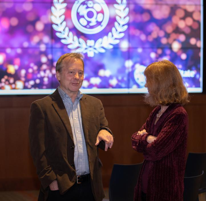 Associate Dean Douglas Keszler, 2018 Faculty and Staff Awards