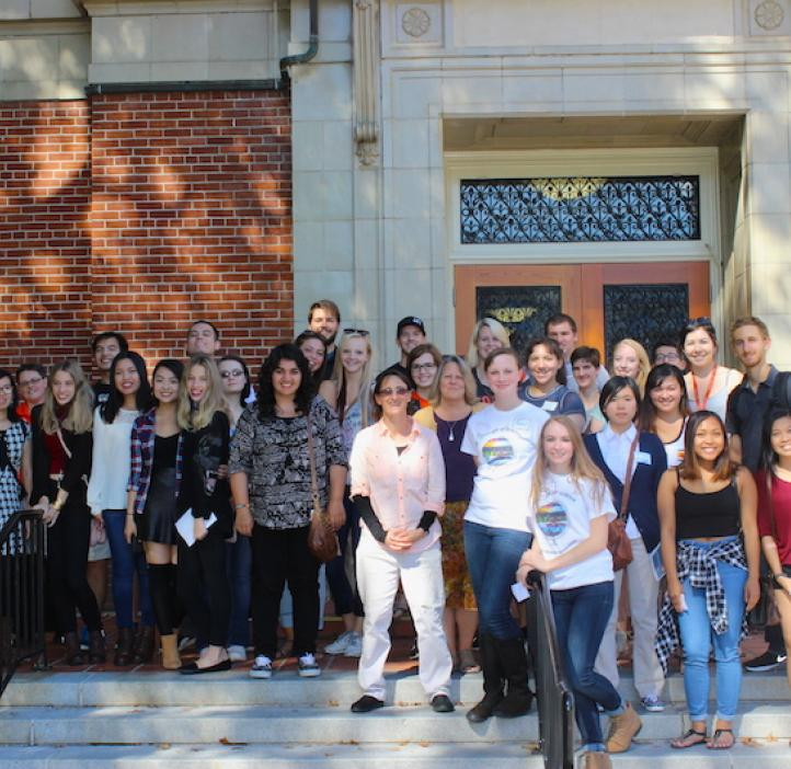 microbiology students and faculty on the steps of Kidder Hall